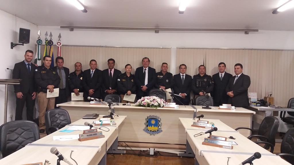 Vereadores Homenageiam Policiais Militares de Assai